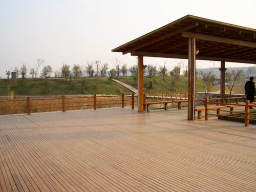 河南防腐木地板厂家