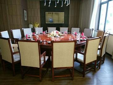 你知道哪些关于西安餐厅沙发摆放有的风水禁忌?小编来分享一些