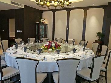 如何挑选适合实用的酒店餐桌椅?西安餐桌椅厂来教你