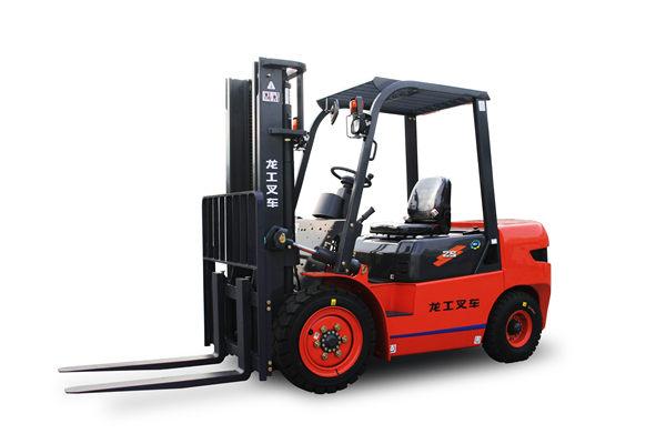 陕西龙运机械的小编帮你挑选电动叉车。