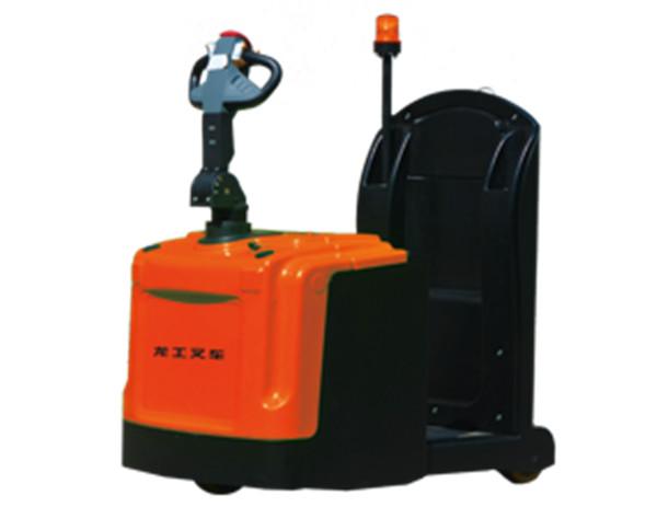 龙运机械设备的小编教你保养电动叉车。
