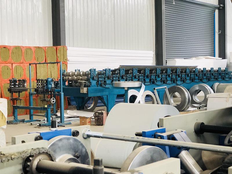 西安净化板生产设备展示