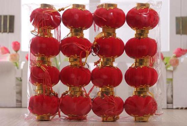 四川绒球灯笼