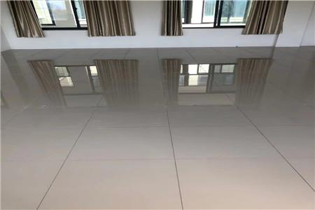为甘肃政法大学提供50M×70M陶瓷防静电地板安装