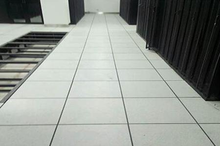 为兰州大学护理学院提供架空陶瓷地板安装