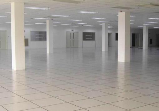 为什么许多机房要使用防静电地板