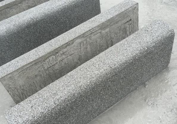 襄阳振金发分享:路侧石的应用范围和6点安装流程!
