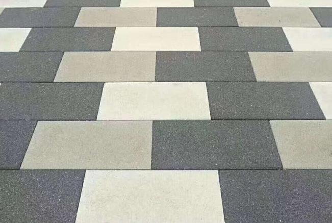 经常应用在道路建设工程中的透水砖,有哪些分类呢?
