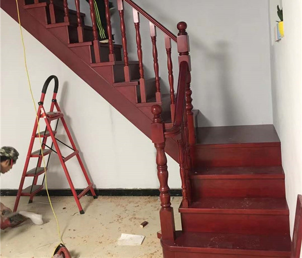 在安裝實木樓梯的時候有哪些注意事項呢?小編為您總結出這9點注意事項