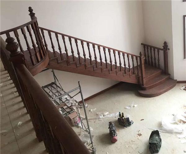 河南實木樓梯廠家