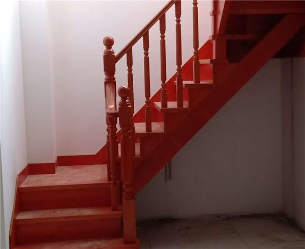 實木樓梯正確保養步驟有哪些?