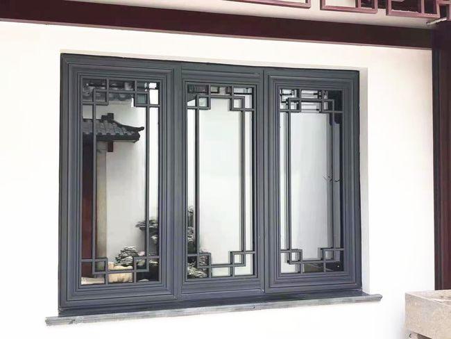 成都新中式门窗自带意境,可以让生活变得更加生动和优雅!