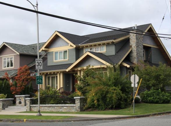 木结构与钢结构和传统砖湿结构间的优缺点