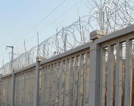 刀片刺丝网在铁路沿线防护防御性的重要性