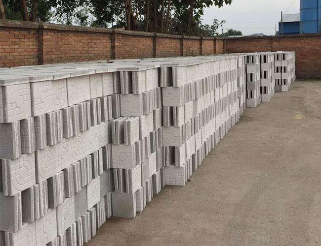陕西彩砖厂家