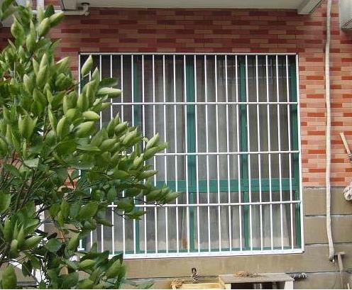 西安防盗护栏案例