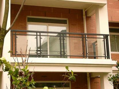 玻璃阳台护栏