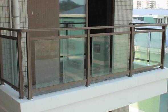 西安锌钢阳台栏杆具有哪些优势?