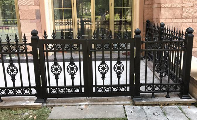 西安围栏生产厂家告诉您安全围栏的选购技巧