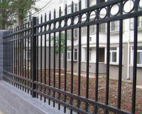 西安护栏生产厂家说说城市护栏功能有哪些?