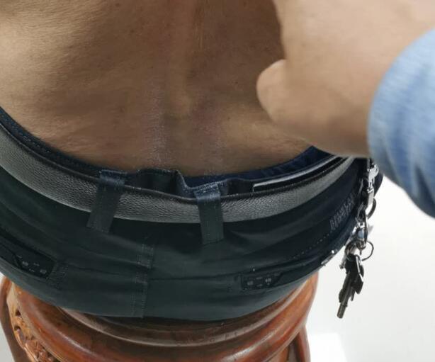 在我们生活中椎管狭窄、脊柱侧弯应该如何来做康复诊治呢?