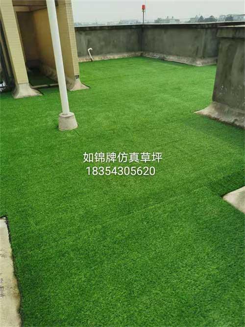 楼顶仿真草坪铺盖案例