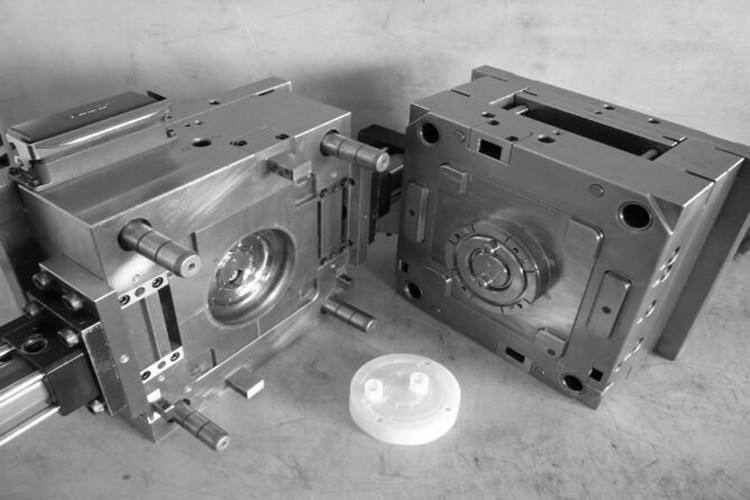 陕西塑胶模具设计制作