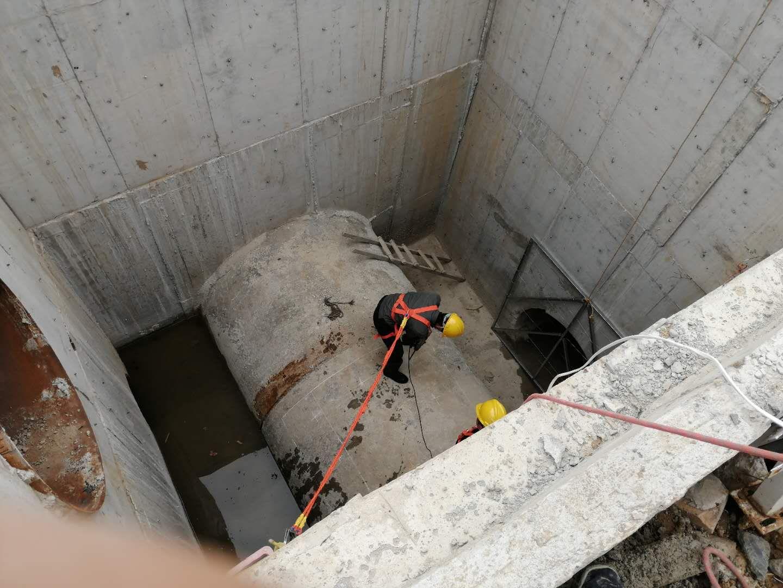 污水厂进水口破口