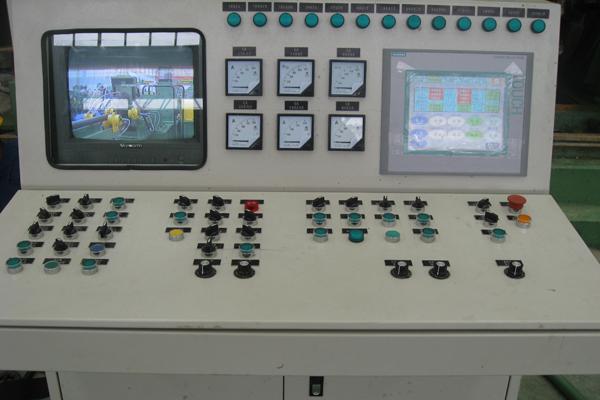 山西操作台厂家浅谈什么操作台可以被称为大品牌?
