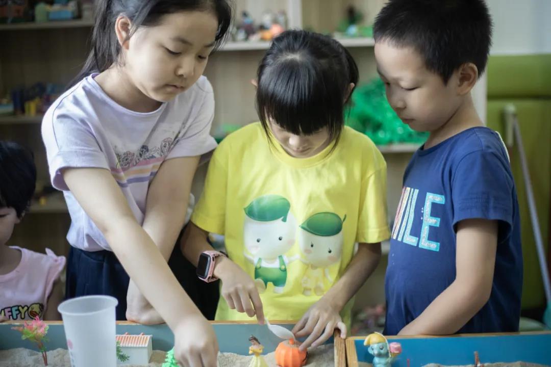 沙盘游戏为什么能改善孩子的注意力?