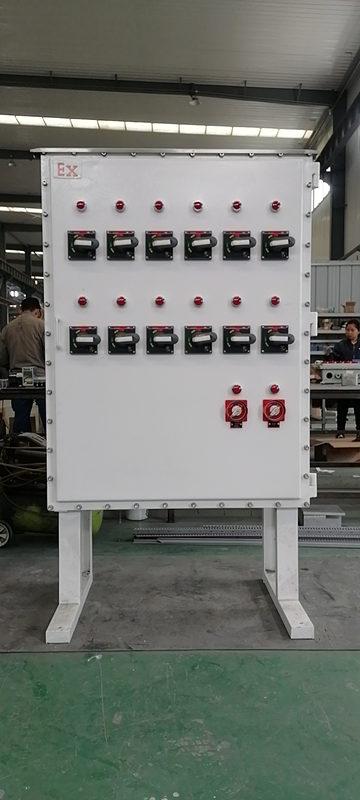 来跟小编一起了解西安防爆控制柜的特点以及运行原理吧