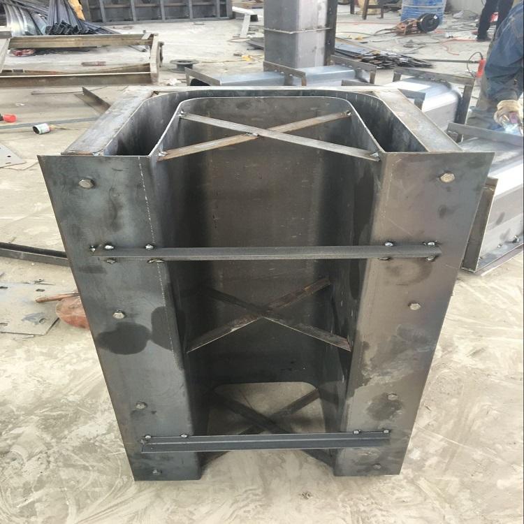 流水槽模具订单焊接过程展示