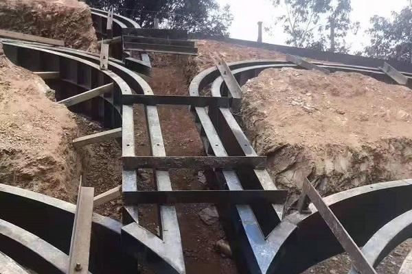 河北拱形护坡模具厂家的用料和施工