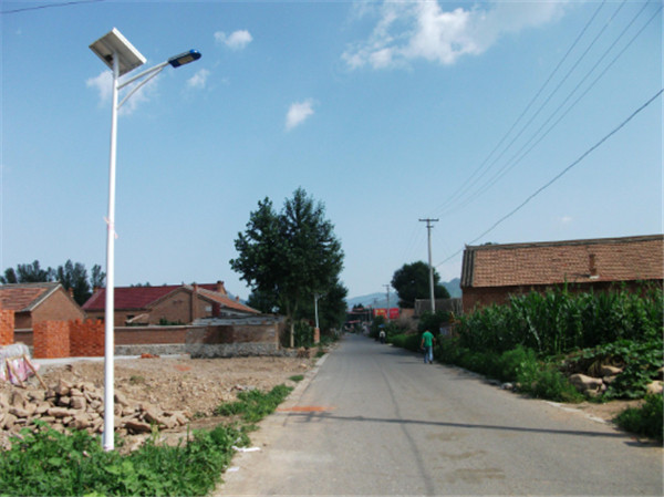 农村地区的太阳能路灯是否亮灯时间越长越好