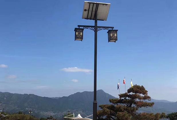 LED四川路灯与传统路灯的比较