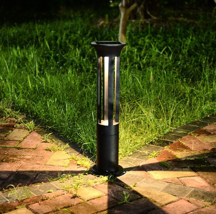 南充草坪灯的性能特点有哪些呢?