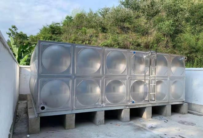 不锈钢水箱的主要用途及在生活用水中的应用和工业层面的应用