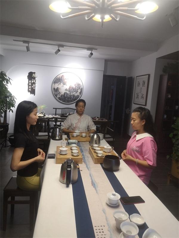 观润堂茶文化—茶艺课堂作品