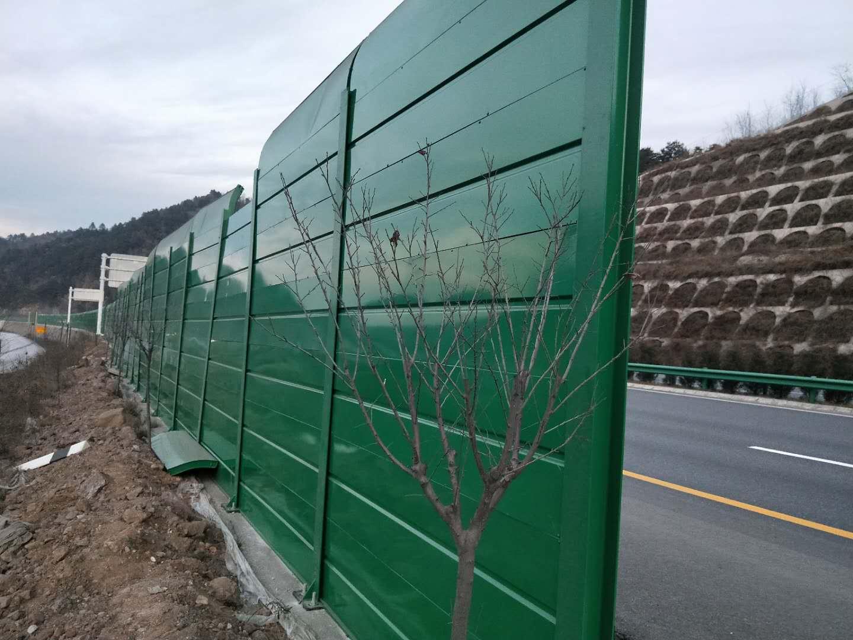 公路声屏障是咋得到铺天盖地推行的——55体育篮球直播声屏障厂家