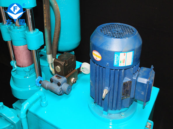 方圆机械陶瓷柱塞泥浆泵细节展示