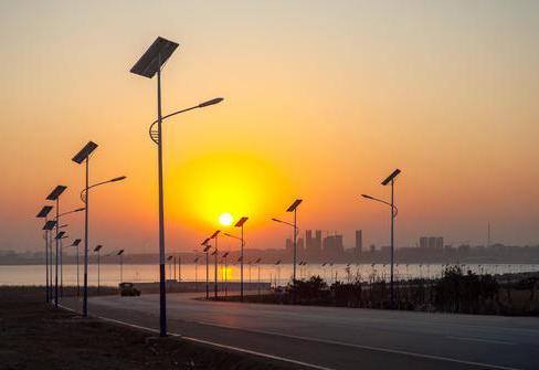 成都太阳能路灯选择的小技巧,不要错过哦