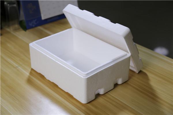 """快递盒里的""""泡沫""""别扔掉了,留着塞进冰箱里,一年能省不少电费"""