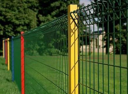 不同场所的护栏网的高度要怎么设置才合适呢?