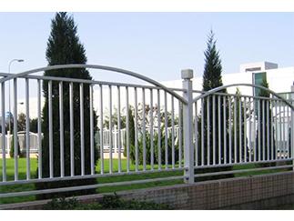草坪防爬护栏