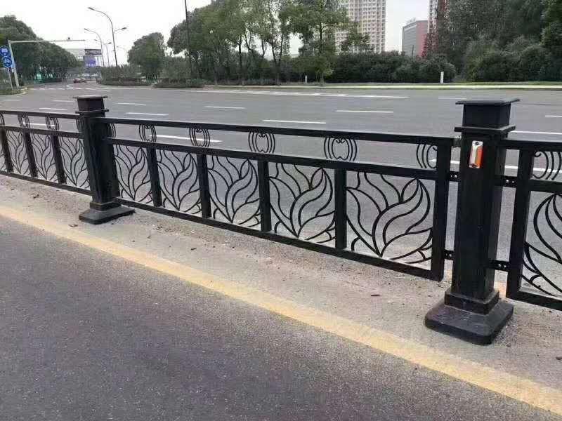 镂空雕花市政护栏