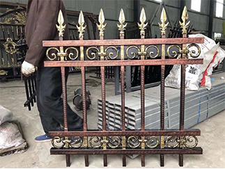新疆护栏网厂家—铝艺护栏