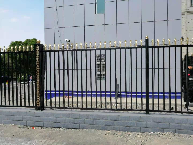 警卫站护栏