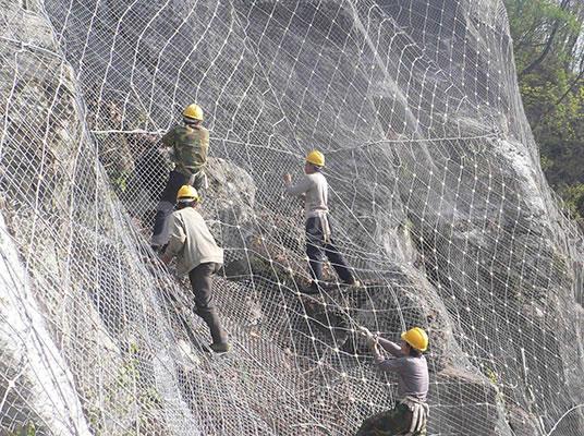 边坡防护网在施工时应该注意的几个要点