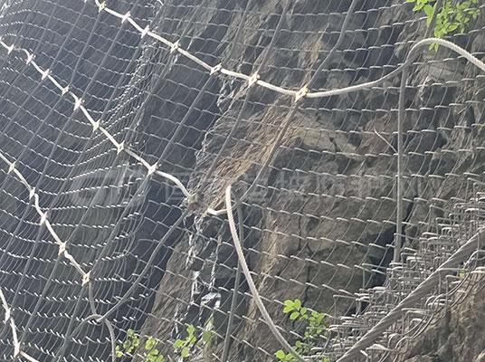 如何施工边坡防护网防护效果好