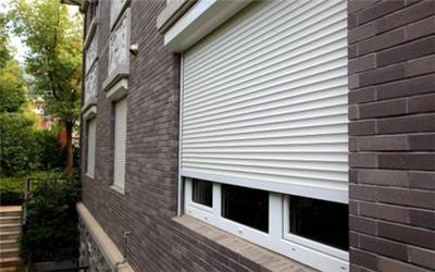 户外防风卷帘窗